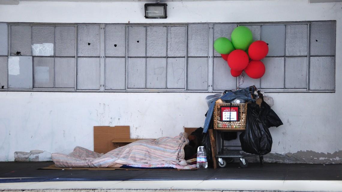 Da Flickr.com, Homeless Couple, San Francisco, 2010, foto di Euan, Licenza Creative Commons (CC BY-NC-ND 2.0)